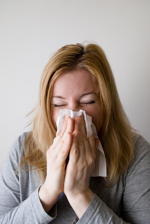 Hoe behandel je neusverkoudheid