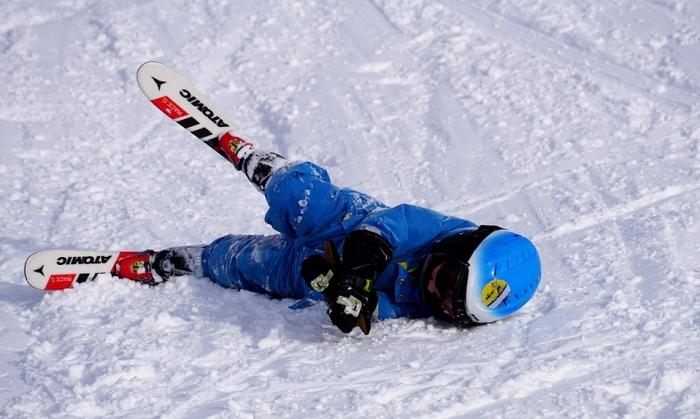 Hoe verleen ik EHBO op wintersport